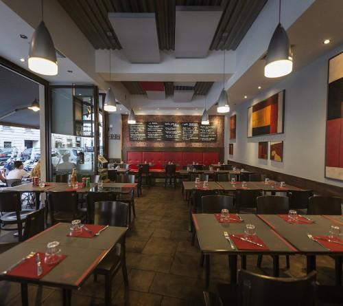 la sala del ristorante raf a roma prati