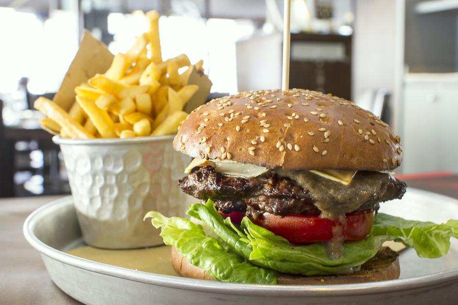 hamburger di carne danese a roma