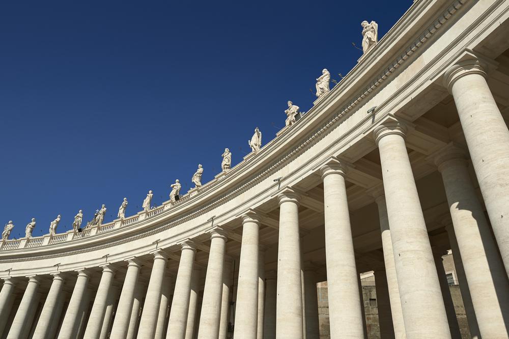Colonnato di San Pietro 3