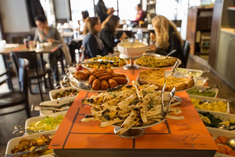 buffet-roma-raf
